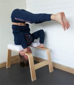 Yogimag-enfant-feetup-12