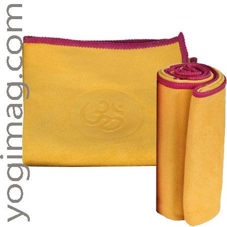Un tapis de yoga pour Elle ou un serviette yoga yogimag