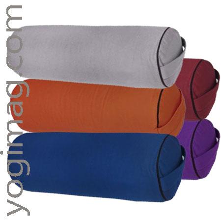 Tapis coussin de yoga meditation deco yogimag for Tapis de yoga avec canape sun