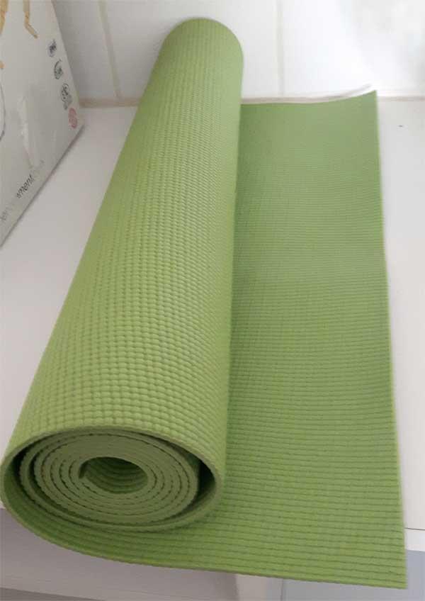 tapis de yoga véritable