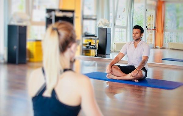 posture de yoga spirituelle