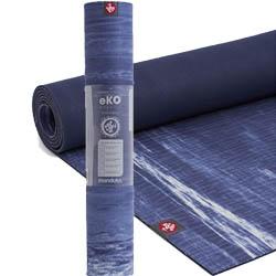 Tapis de yoga avec revêtement tissu
