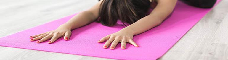 Postures de yoga pour se séréniser