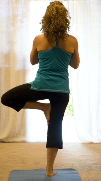 Posture yoga d'équilibre