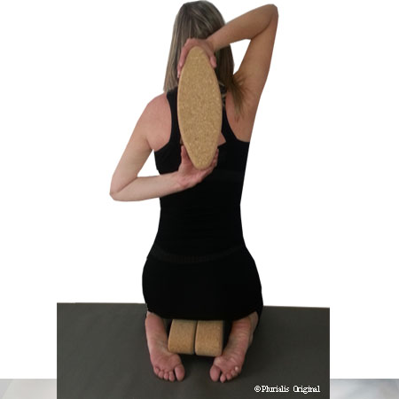 Posture yoga alignement brique ovale egg Yogimag