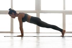 Posture de yoga fitness pour perdre du poids