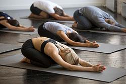 Posture de yoga pour bien dormir